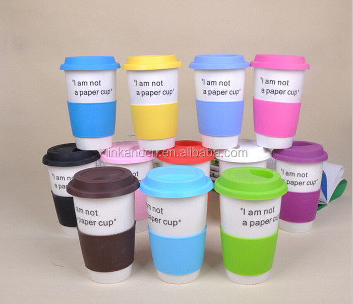 Heat-insulated porcelain/ceramic travel cups with silicone lid and spoon