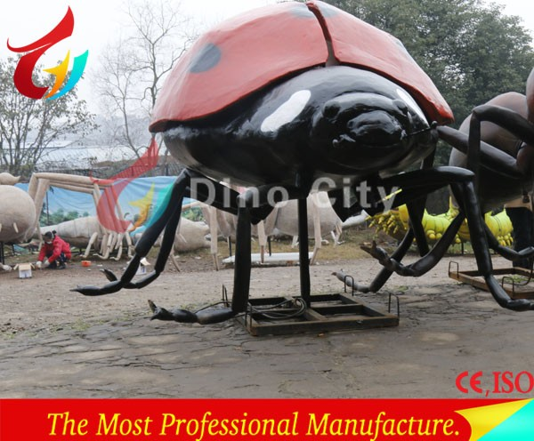 Robotic insects exhibition artificial Ladybug emulational insect