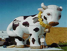 Custom shape inflatables giant inflatable cow giant