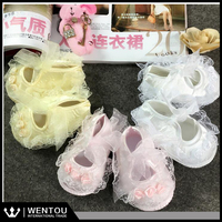 Wholesale Newborn Ivory Christening Lace Baby Crib Shoes