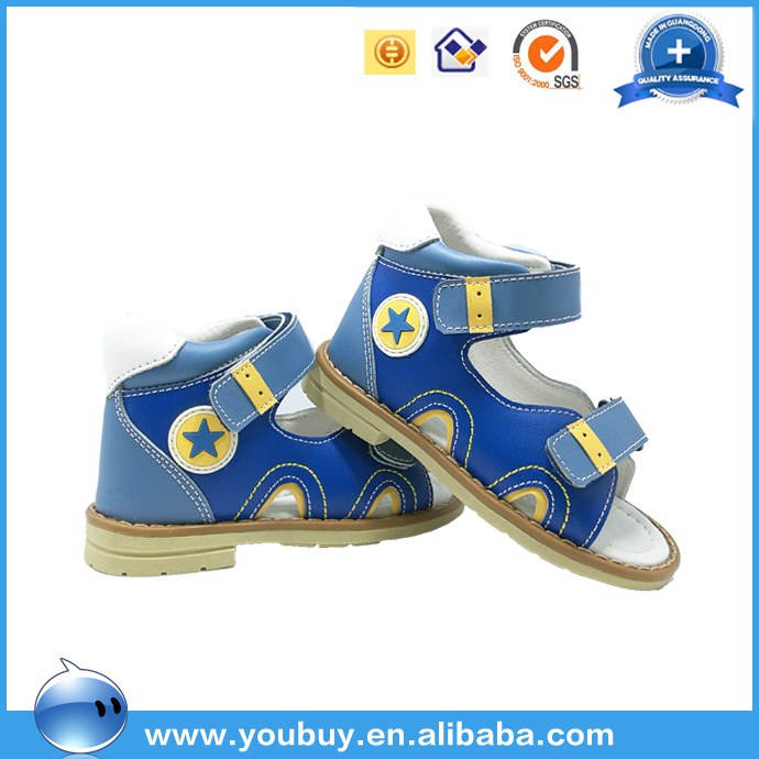 Beautiful 2017 new wholesale kids boys leather sandals with comfortable design