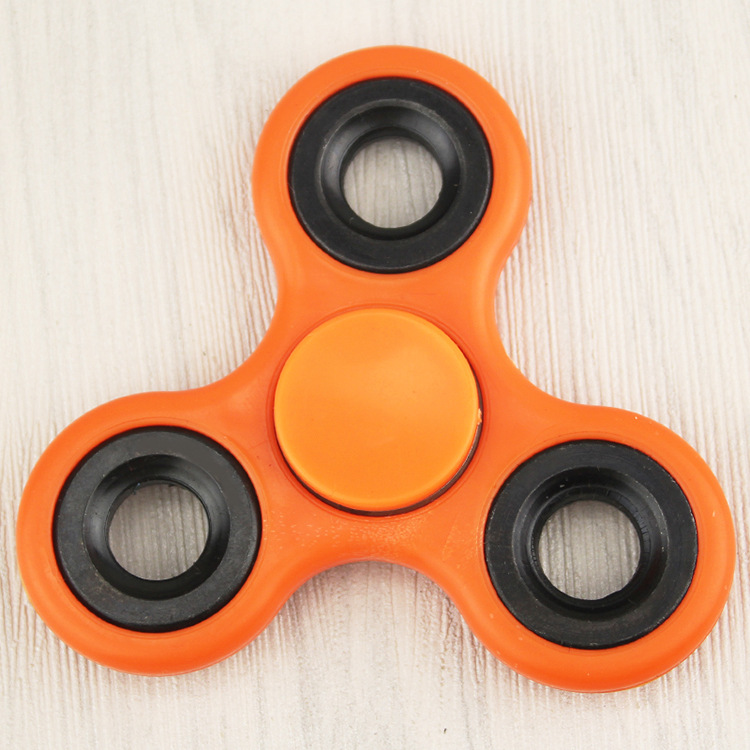 2017 hot sales silver round spinner led spinner toy