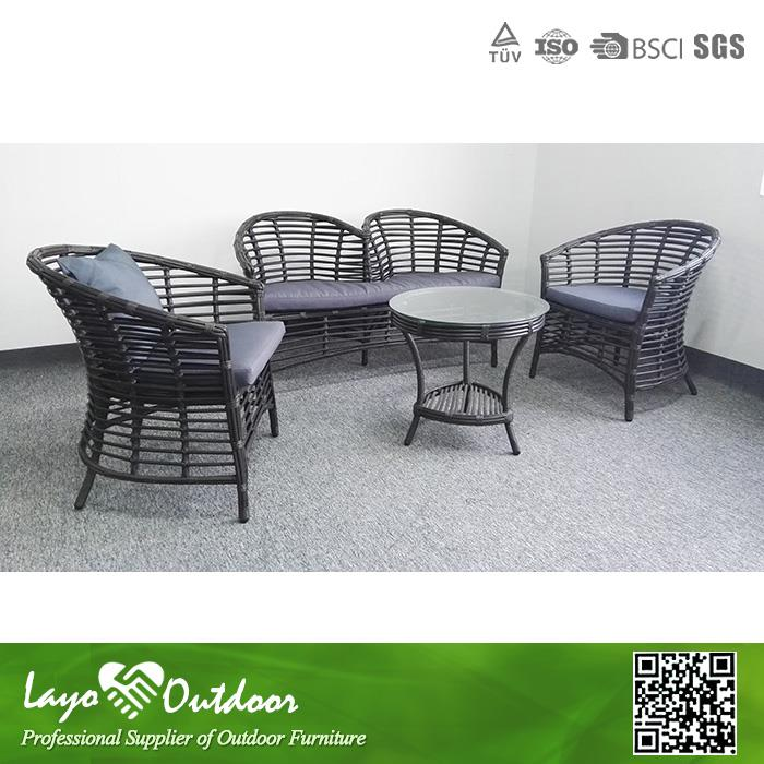 In time Delivery good quality and nice looking outdoor lawn furniture