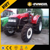Universal tractor M650-A With tractor fenders