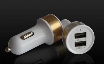Dual USB Car Charger Universal Car Charger pacifier to car charger mobile phone factory direct