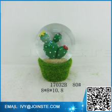 wholesale resin cactus custom snow globe with cement base