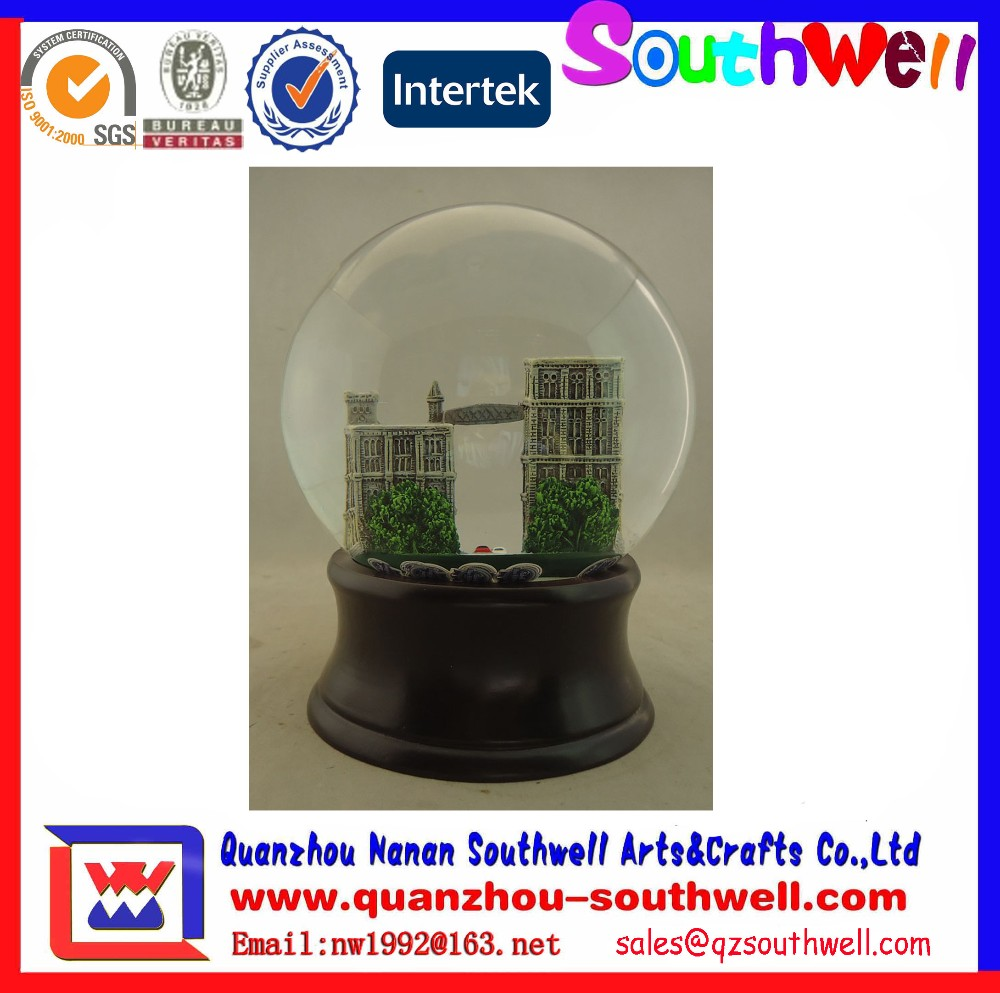 polyresin custom cheap snow globe