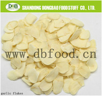 dehydrated garlic dried garlic flakes light white color good forma