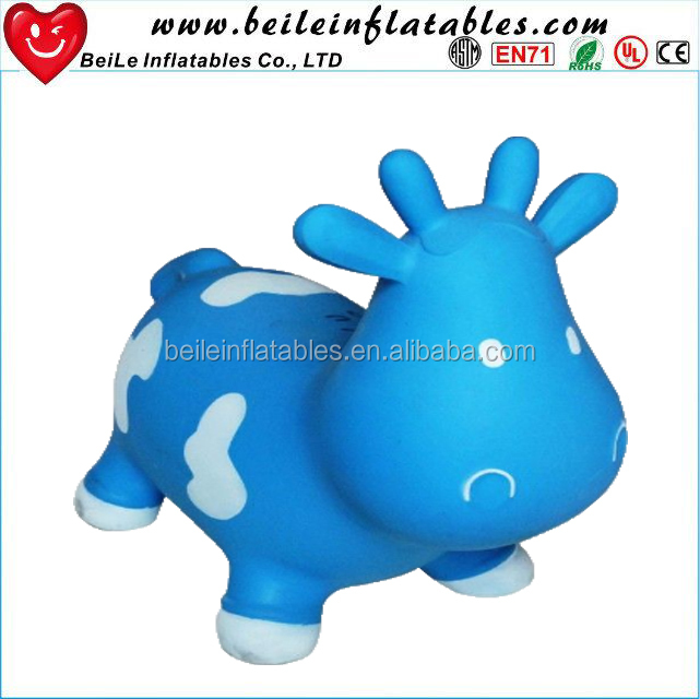 Hot sale giant inflatable cow cartoon for events