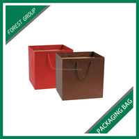 HIGH END PAPER BAORD GIFTS PACKING BAG FOR CHRISTMAS