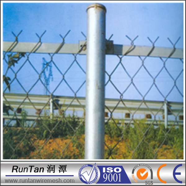 wholesale good quality the best chain link fence poles (ISO9001;Manufacturer)