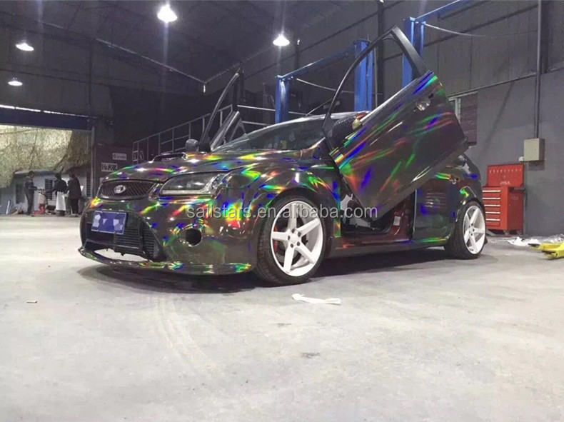 Rainbow-Chrome-Black-Holographic-Vinyl-Wrap (15).jpg