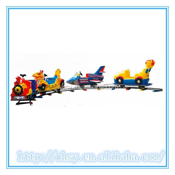 2015 Cheap Indoor and Outdoor Amusement Rides Mini Electric Track Train Accumulator Orbit Chasing Car for Kids