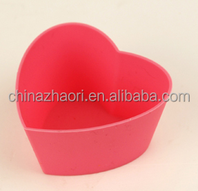 oven safe heart-shaped Silicone Muffin Cups Silicone cupcake moulds
