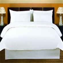 White Hotel Bed Linen Cotton Polyester European Style Bedding Set