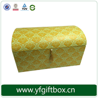 Creative large cardboard box , pillow packaging box wholesale
