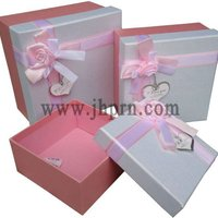 Rose Wedding Favor Gift Box