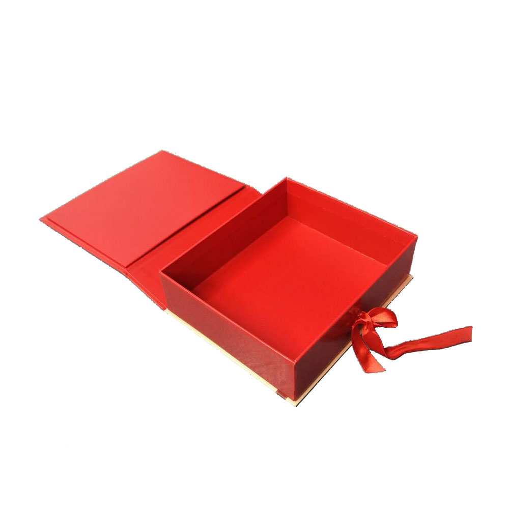 Shanghai factory high quality book shape magnet closed gift box on sales