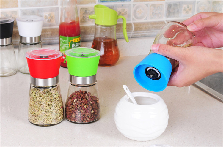 Kitchen tools manual Glass disposable pepper mill