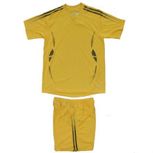 Kids soccer uniform yellow color soccer jersey made in thailand
