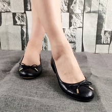 Hot sell soft sole women leather comfort foldable ballet flats shoes