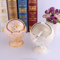 Hot Sale Classical Metal Rotatable Windproof Ashtray Russian Style Castle Standing Ball Ashtray