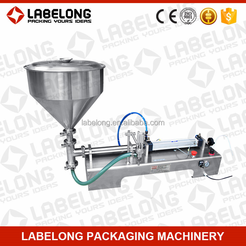 Clean and safe drinking water packing machine in bags