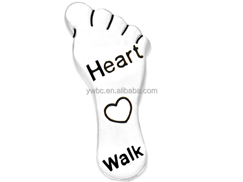 Eco-friendly silver plated footprint engraved with heart walk brooch pin