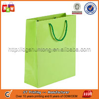 Pantone color packing paper bags for retail