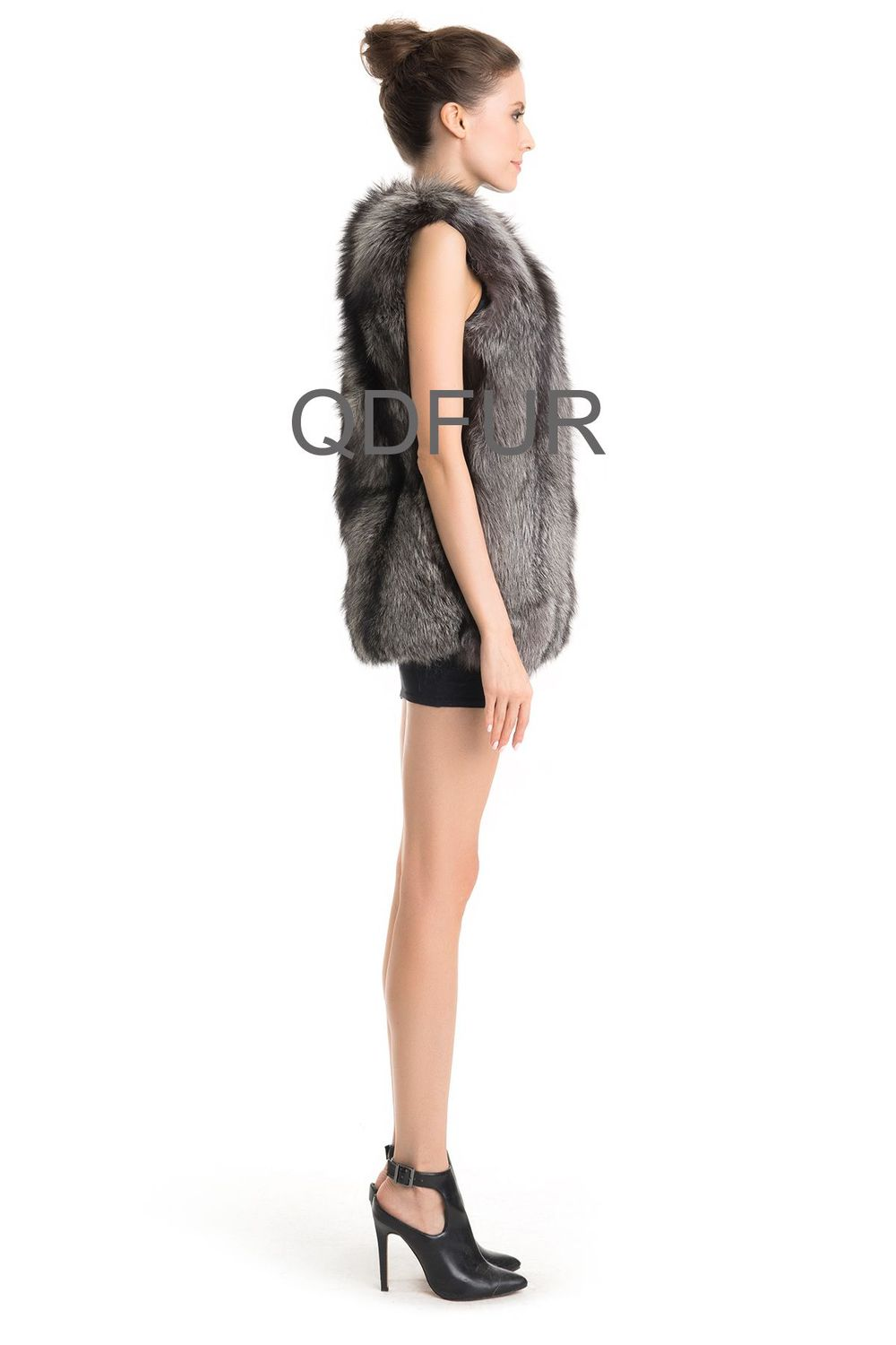 QD70722 Women Winter Genuine Chinese Natural Fox Fur Vest