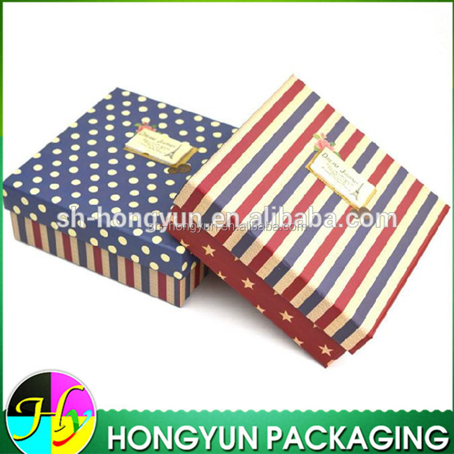 wholesale false leather luxury souvenir box packaging with pickup velvet tray