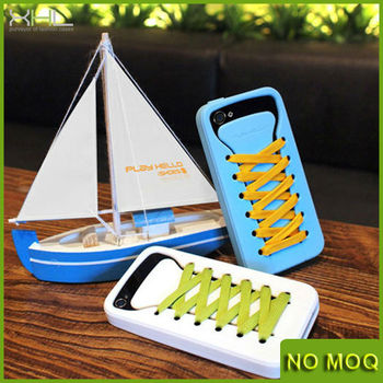 PLAY HELLO ISHOES PINK SILICONE CASE BLUE LACES FOR IPHONE 5 & 5S + 2 FREE LACES
