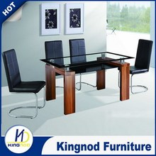 Modern appreance Wooden dining table in pakistan