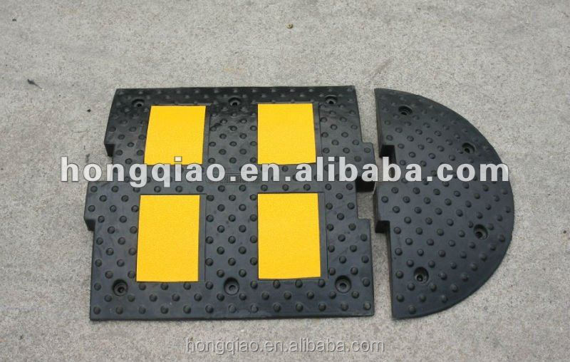 L500XW500X55mm/pc Russisa Standard Reflective Rubber Speed Cusions Speed Ramps Road Humps