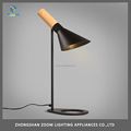 Hot sell metal table lamp E27 lampholder for modern living room lighting