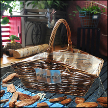 Wholesale cheap flower wicker basket with handle for gift 150032