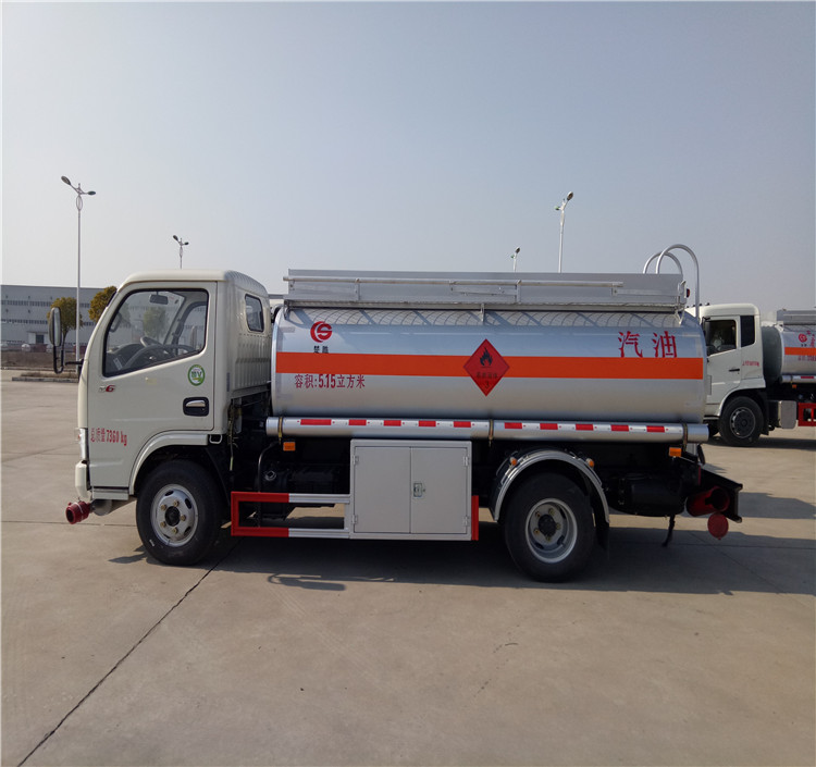 Low price 10000 liters Aluminium petrol tanker trailer oil tank truck for sale