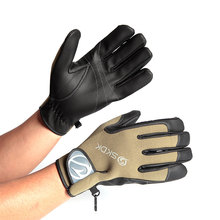 Professional Customized Design Wear-resistant Goalkeeper Gloves