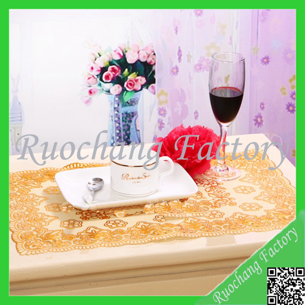 PVC with gold stamp cloth waterproof table mat &table cloth