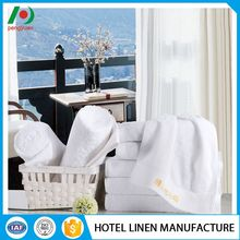Quality assured luxurious designed embroidery tea towel set