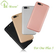 2017 New Carbon Fiber Pattern TPU Shockproof Phone Case Back Cover For One Plus 5