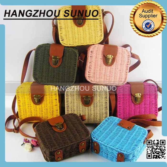 Hot Selling Ladies Lovely Candy Color Square Rattan Bag Women rivet Weave Straw Bags Shoulder & Crossbody Bags