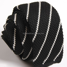 Polyster Knitted Ties with Zipper