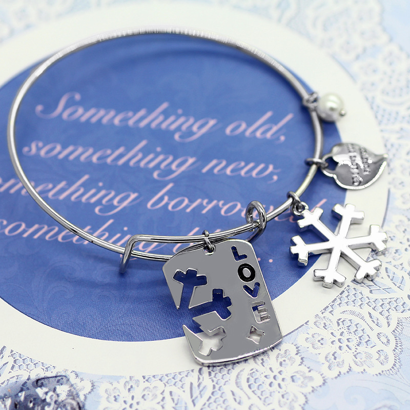 A143-53 Fashion Custom Hollow Letters Engraved Snowflake Metal Adjustable Bangle Wholesale