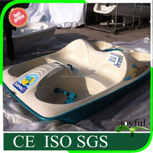 Cool summer family rides sea PE water pedal boat for 5 person/polyethylene boat for sale