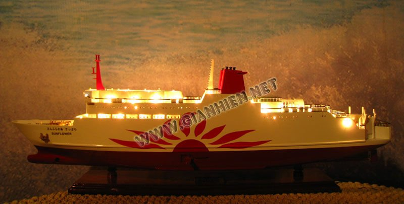 SUNFLOWER WITH LIGHTS WOODEN MODEL SHIP - HANDICRAFT OF VIETNAM