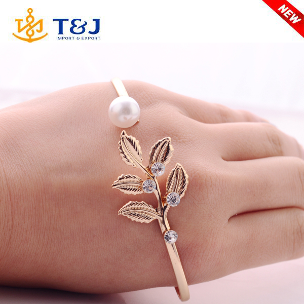 2016 france fashion designer brand jewelry leaf geometry hand palm cuff charm bangle for women accessories
