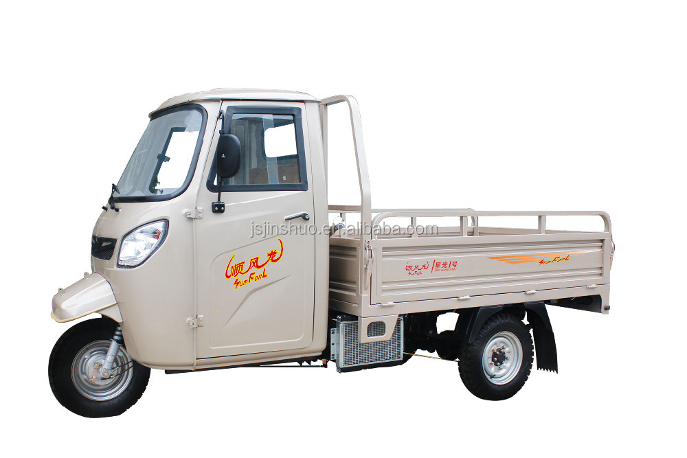 With closed cabin truck tricycle ,good carrying trike truck