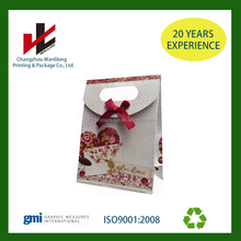 fashional paper packaging gift bag with ribbon/bow tie closure