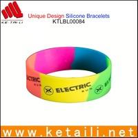 China Alibaba OEM Wholesale Silicone Bracelet Debossed Silicone Bracelets Design Your Own Silicone Bracelets Dollar Store